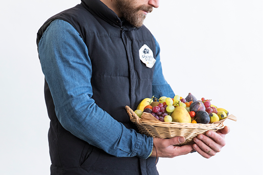 Mathias Esnault corbeilles paniers courses entreprises 44 - Livraison de fruits et légumes BIO - Graines d'ici - Nantes