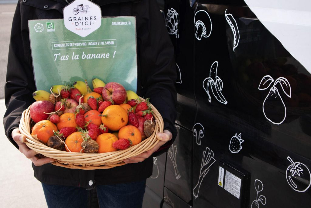 corbeille de fruits bio Graines livrée à Nantes ou à Angers